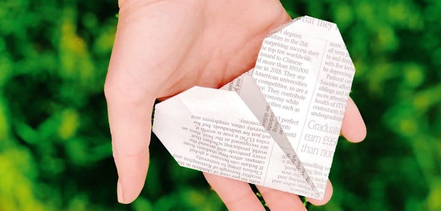 Origami heart. How to be engaging on social media by Helen Perry @notaboutthekids